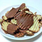 ロイズで人気のポテトチップチョコレートに地元産のじゃがいもを使った『ポテトチップチョコレート 新じゃが』買ってみました